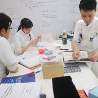 御笠川デンタルクリニック ヒカリの歯科医師勉強会